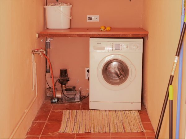 Wasmachine in Vakantiehuis Casa Espinal in Spanje, te huur via 123casitas